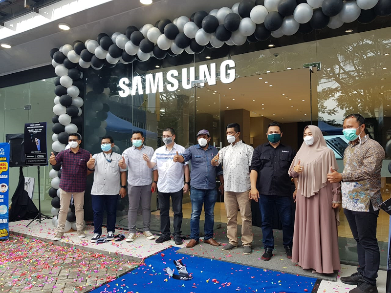 Banjir Promo di Grand Opening Samsung Experience Store Malang