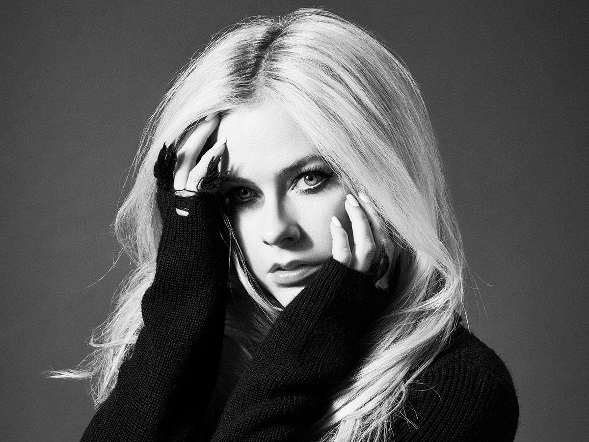 Konser Amal Avril Lavigne Untuk Penderita Lyme