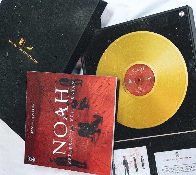 Vinyl Special Gold Edition Noah, Laku 260 Juta