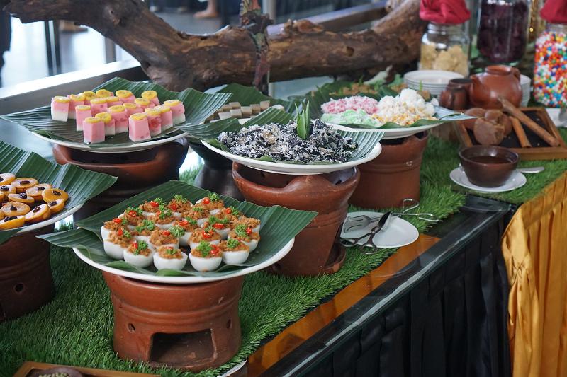 Wah Ada Pasar Tiban di Golden Tulip Holland Resort Batu
