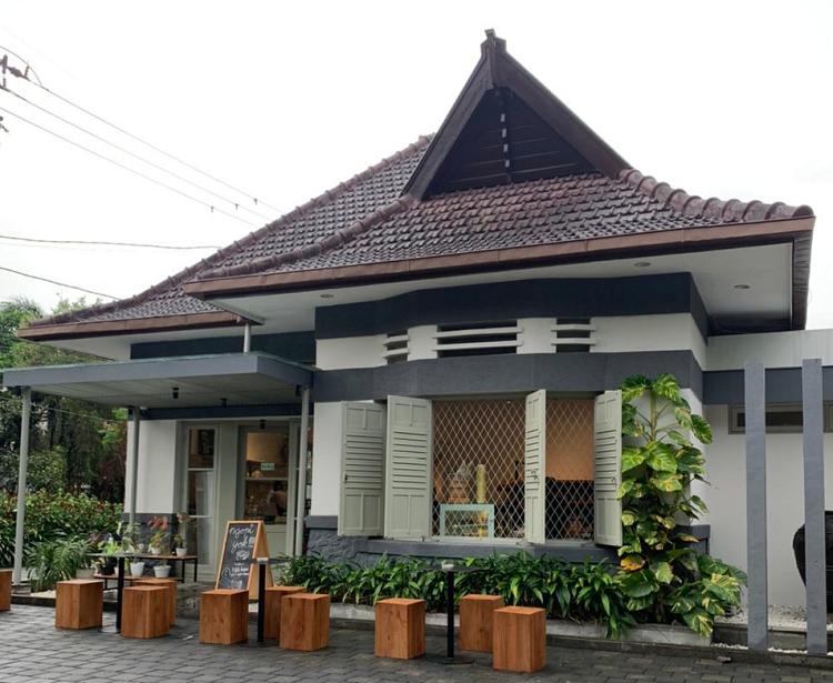 Now Brewing! Kopi Nusantara Berkarakter di Titik Koma Malang