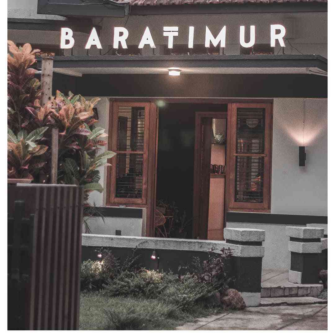 Baratimur Coffee, Cafe Dengan Kosep Kolonial