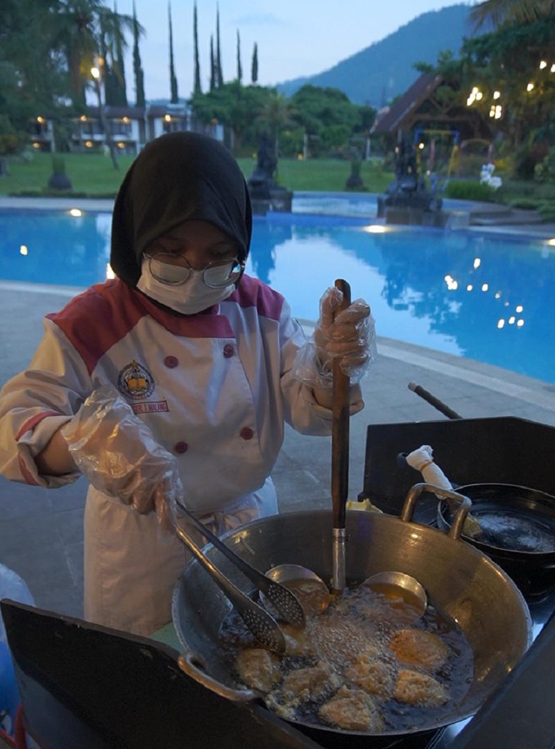 Middle East Iftar Ramah Kantong ala El Hotel Kartika Wijaya Batu