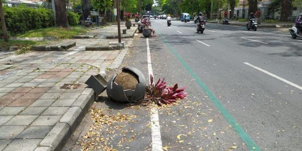 14 Pot Tanaman di Jalan Ijen yang Dirusak Sudah Diganti Baru